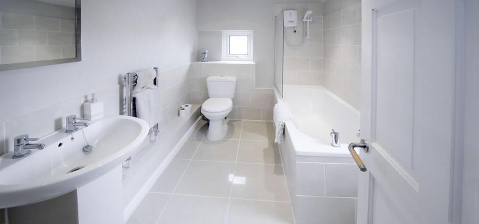 Почистване на баня – почистване на домове